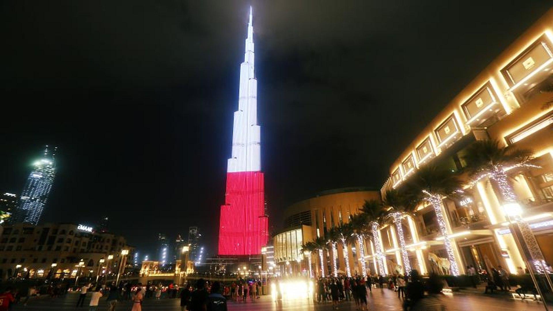 شاهد: برج خليفة يكتسي بألوان علم بولندا في ذكرى استقلالها