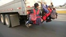 Οι μετανάστες του καραβανιού ξεκίνησαν εκ νέου την πορεία τους προς τις ΗΠΑ