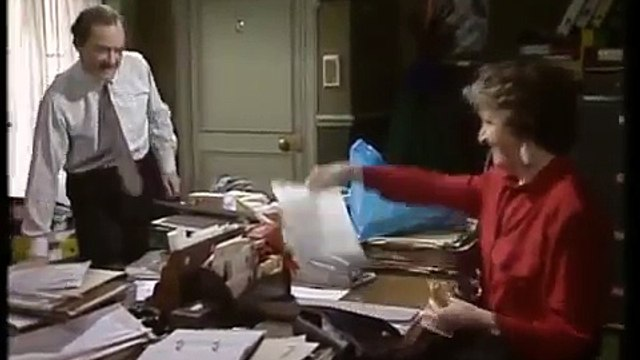 No Job For A Lady - S01E06 - Take a Copy (1990)