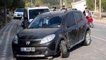 Otomobil ile hafif ticari aracın çarpıştığı kaza kamerada: 2 yaralı