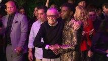 Hugh Jackman et Ryan Reynolds rendent hommage à Stan Lee