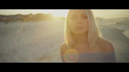 Danielle Bradbery - Goodbye Summer