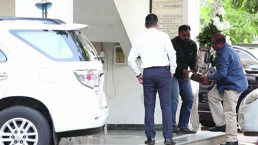 Ranveer Singh & Deepika Padukone SPOTTED At Sanjay Leela Bhansali s Office