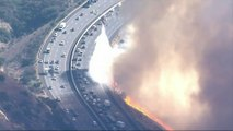 Californie: des bouchons monstres générés par la fuite des habitants... alors même que les feux atteignent les autoroutes