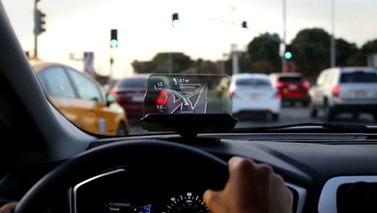 This Device Lets You See Your Maps App On The Road