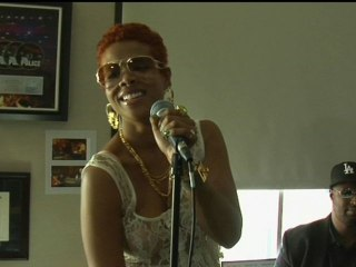 "Kelis - Kelis Live at the Cherrytree House Part 2 ""4th of July"""