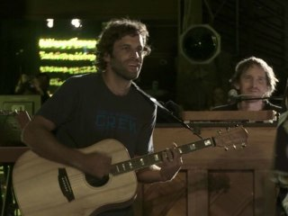 Jack Johnson - Further On Down The Road