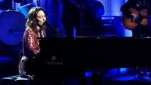 Sara Bareilles: Fire (Live)