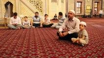 Sabancı Merkez Camisi'nde ilk teravih kılındı - ADANA