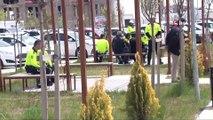 Ankara'da bir araç polis uygulama noktasına daldı: 1 polis şehit oldu