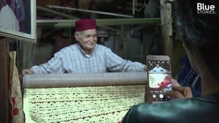Abdelkader Ouazzani, 79 ans, est le dernier des maîtres du brocart du Maroc