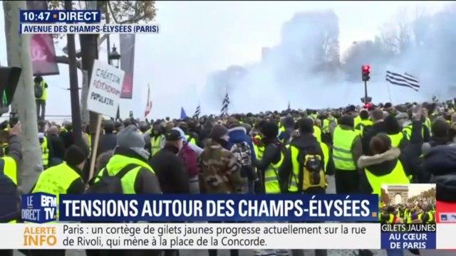 Gilets jaunes: la tension monte d'un cran sur les Champs-Elysées