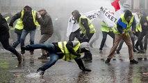 """""""Gilets jaunes"""" : des affrontements sur les Champs-Elysées"""