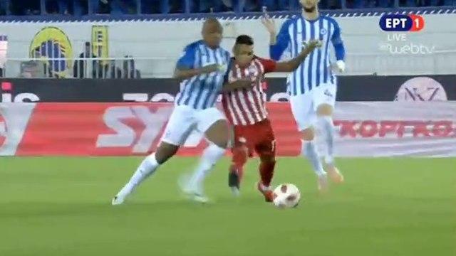 Matías Nahuel requests a penalty (5') - Atromitos vs Olympiakos Piraeus - 25.11.2018 [HD]