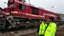 Sivas'ta Tren Kazası! Yük Treni İle Yolcu Treni Aynı Rayda Çarpıştı: 9 Yaralı