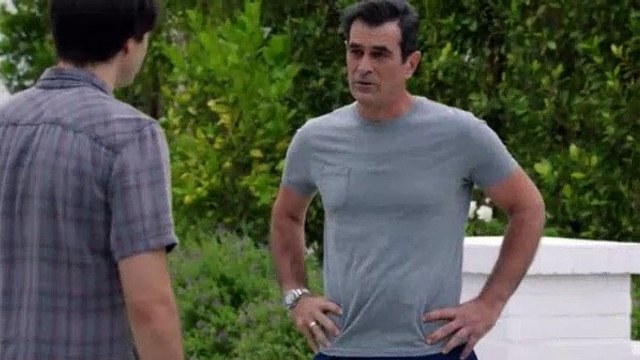 Modern Family S10E04 Torn Between Two Lovers