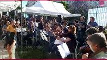 L'orchestre nationale d'Argentine joue devant le Congrès à Buenos Aires