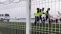 Des Gilets Jaunes envahissent une piste d'atterrissage de l'aéroport de Nantes