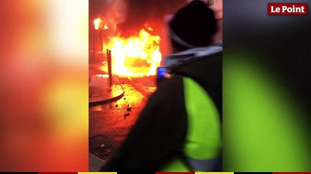 Gilets jaunes : plusieurs voitures incendiées avenue Kléber