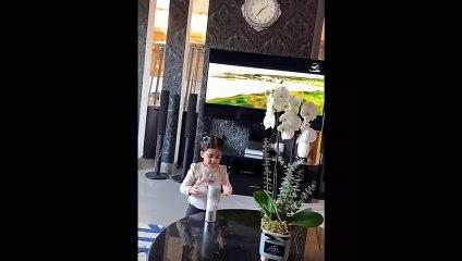 خلود الصغيرة تتهاوش مع دكتورة خلود عشان بوكسات الهداية مع جلسة تصوير