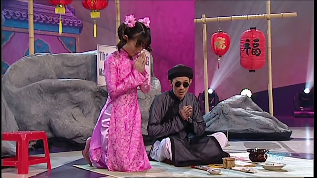 [Hài Kịch] Gieo Quẻ Đầu Năm - Hoài Linh & Phi Nhung - YAN News
