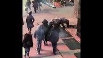 Il fait tomber sa bague dans les égouts lors de sa demande en mariage… Mais la police de New York l'a retrouvée