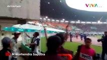 Kalteng Putra vs Persita Ricuh, Suporter Masuk Lapangan