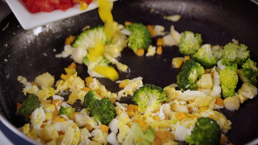 Rice with vegetables and eggs