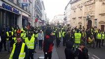 Gilets jaunes : le centre-ville d'Avignon théâtre de nouveaux affrontements
