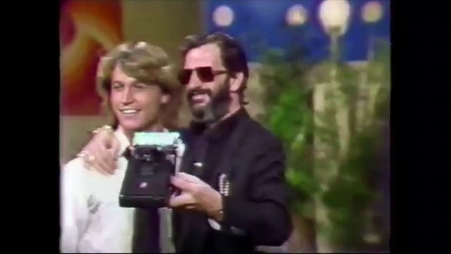 Ringo Starr Andy Gibb - Now THAT'S a SELFIE!