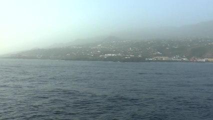 Kreuzfahrtschiff durch Sandsturm