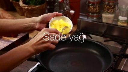 Sandwich De Carne Con Mermelada De Cebolla