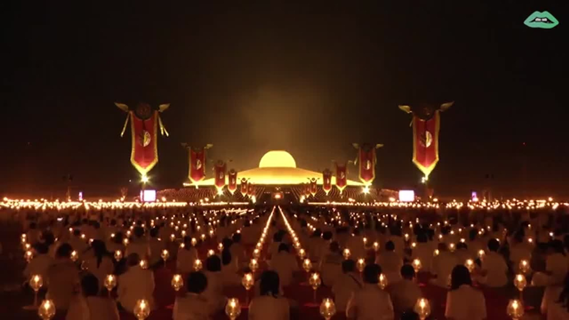 Every year, thousands of Buddhist monks gather to pray at a temple that looks like a UFO.