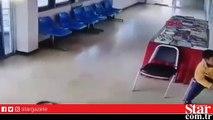 Polis merkezine şik�yete giden adama yılan saldırdı