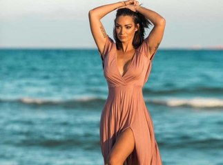 Emilie Nef Naf torride en bikini !