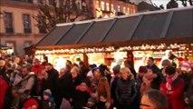 Minute de silence du marché de noël de Montbéliard en hommage aux victimes de Strasbourg