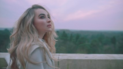 Sabrina Carpenter - Paris