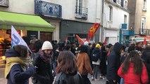Les lycéens mettent l'ambiance avant la manifestation intersyndicale