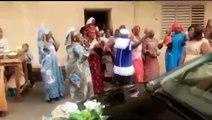 DANSES TRADITIONNELLES: Regardez les pas de danse de Eva, après le mariage civile