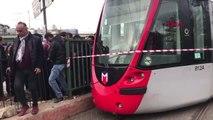 İstanbul- Tramvay Arıza Yaptı; Seferler Durdu