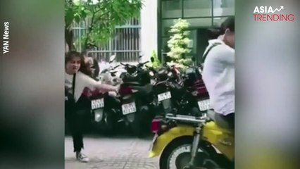 """Funny compilation of """"Cars' Backing-Up Dance"""" wins the hearts of many netizens and celebrities in Vietnam"""