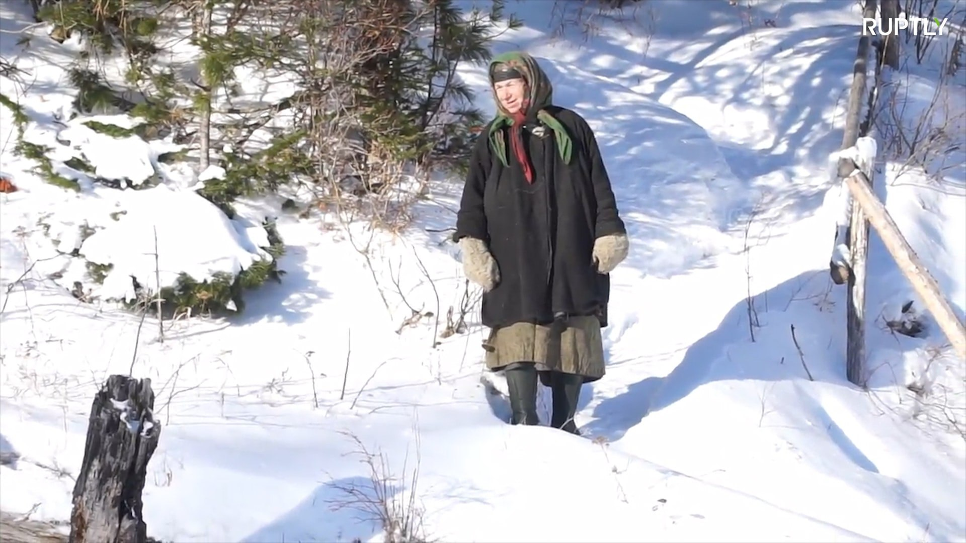See the daily routine an Old Believer hermit living in Siberia