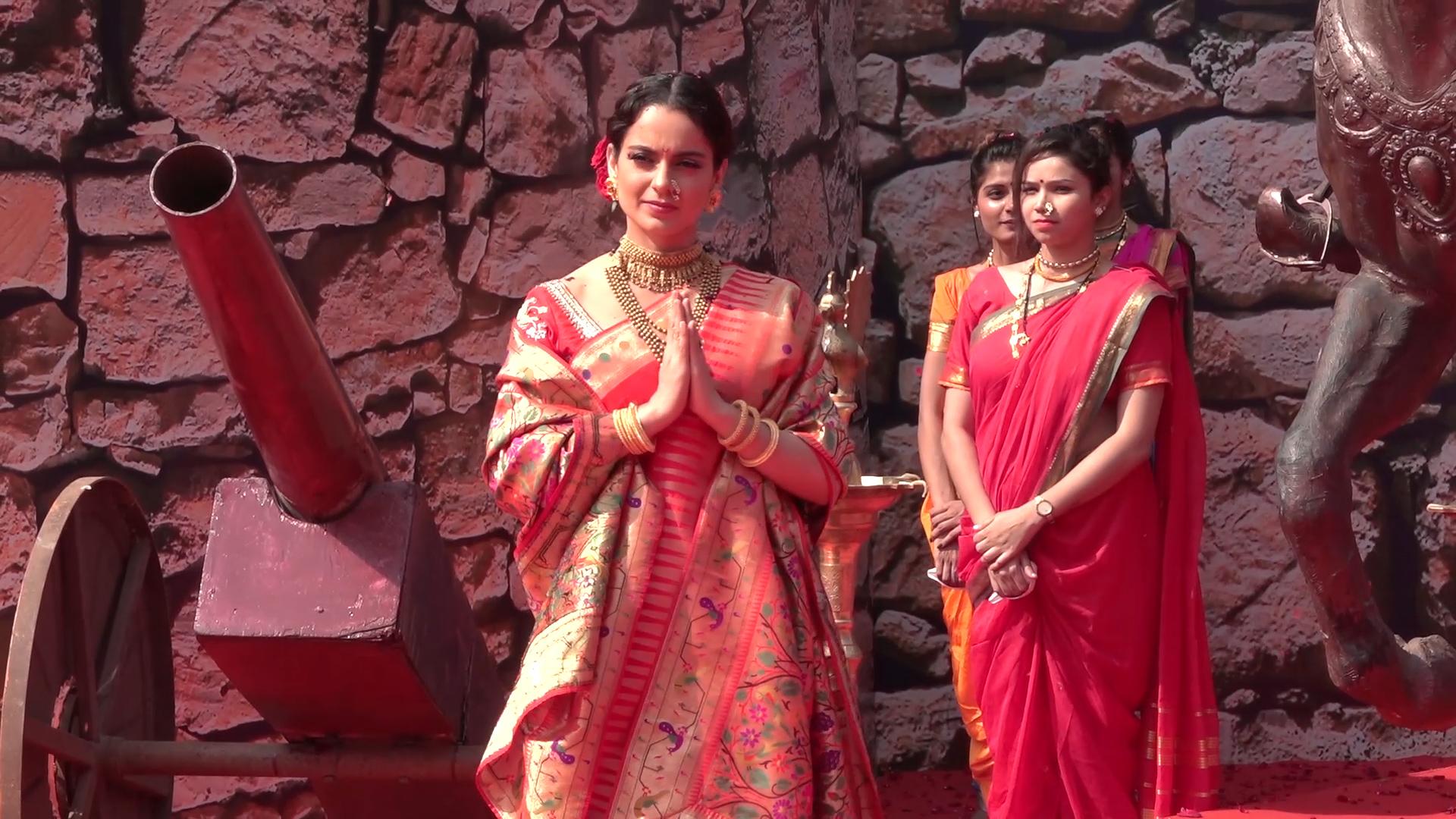 Watch: Kanagana Ranaut launches trailer of new film Manikarnika