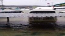 Havalimanı şantiye alanındaki otobüsler suya gömüldü