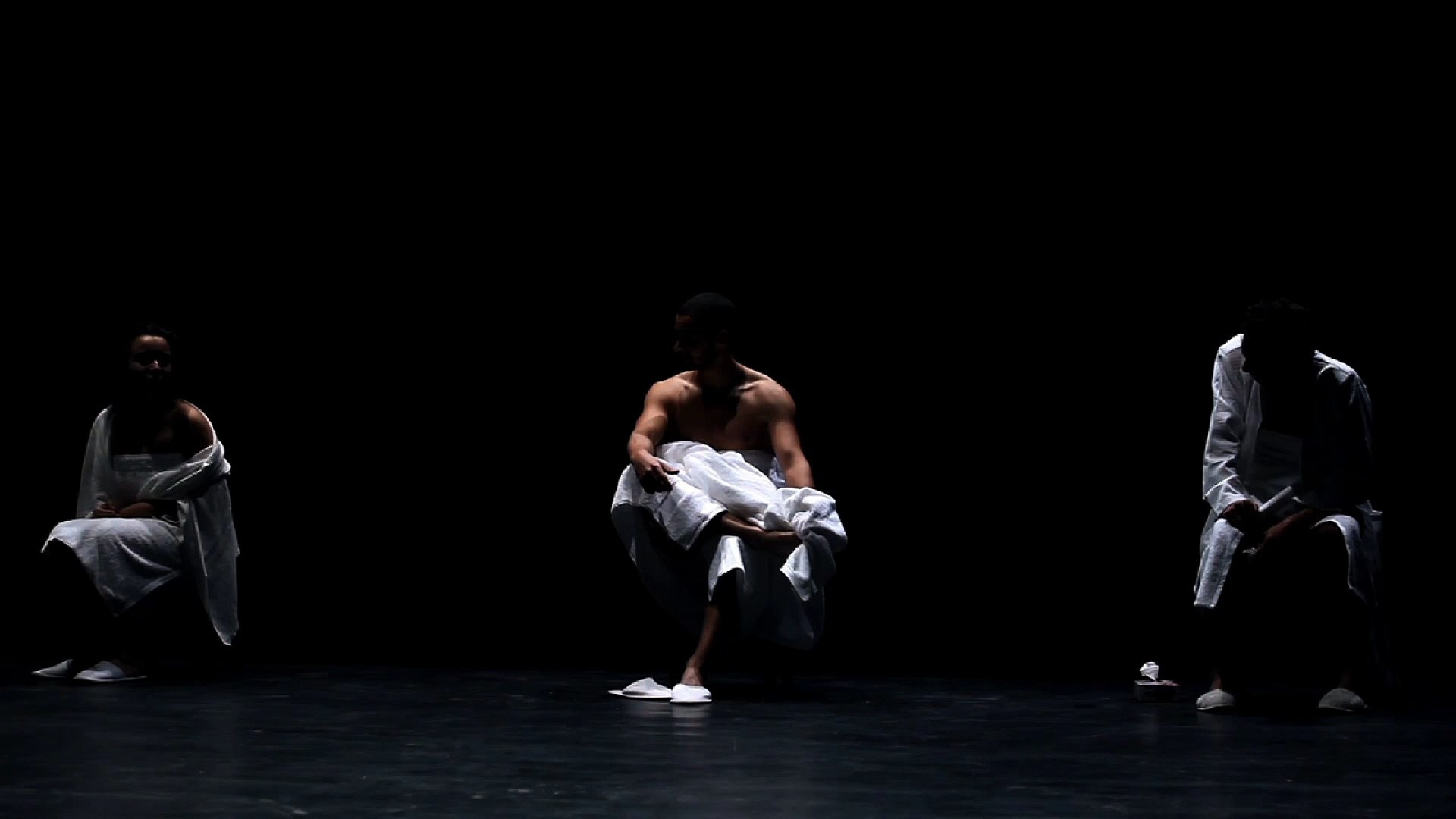 Kaligula, la nouvelle production du Théâtre National et Nouveau Film : Amen Nsiri