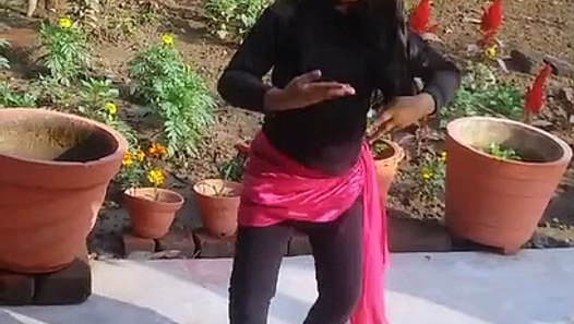 Girl Dance Video   Aankh Mare Ladki Aankh Mare -Dance video