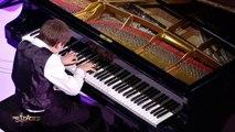 """Isaac pianote la """"Sonate au Clair de Lune"""" de Beethoven - Prodiges 5"""