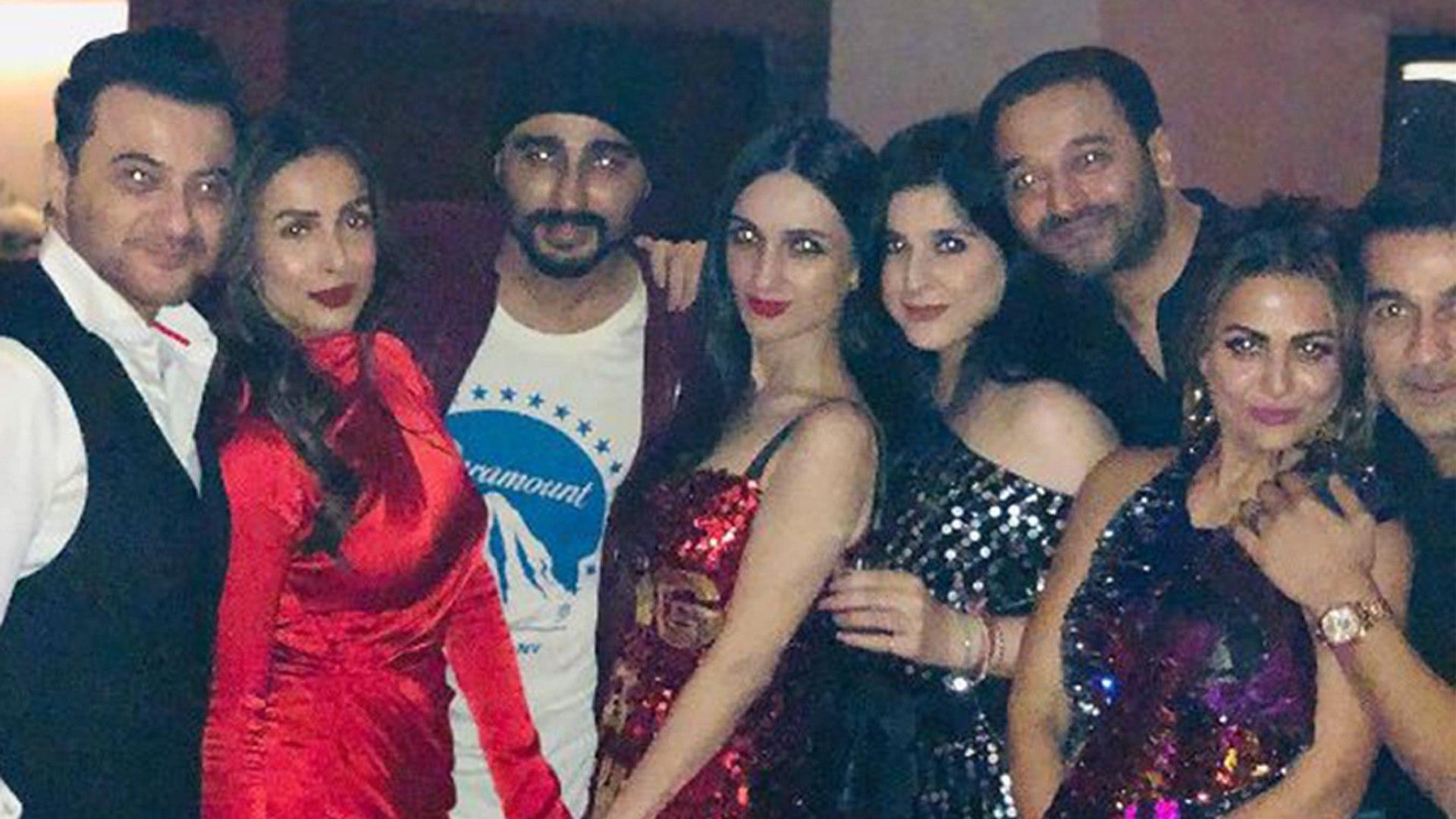 Arjun Kapoor & Malaika Arora celebrate Christmas together at Ritesh Sidhwani's Party | Film