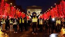 Francia: Macron si appella alla calma e all'unità mentre condanna le violenze sugli agenti