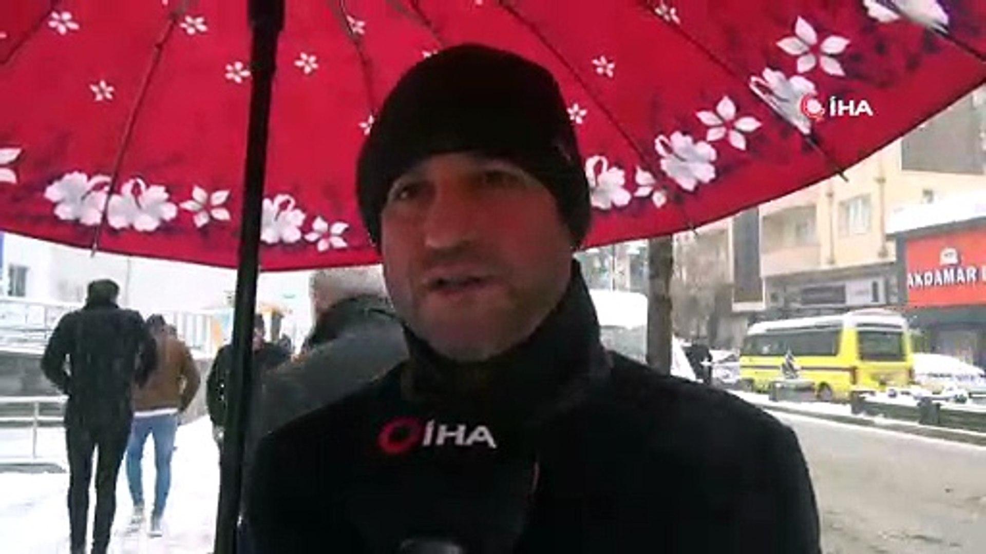 Van'da kar yağışı...Uçak seferleri iptal edilirken, Bahçesaray'da da okullar tatil edildi